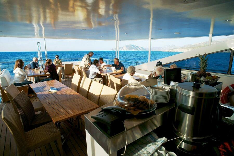 Luxury motor yacht (Harmony G)  - 1