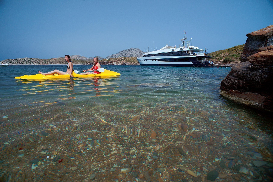 Luxury motor yacht (Harmony G)  - 2