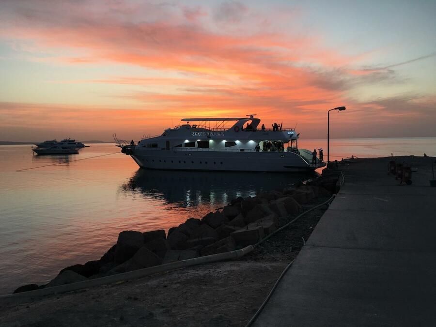 Customized yacht (SimSim)  - 2