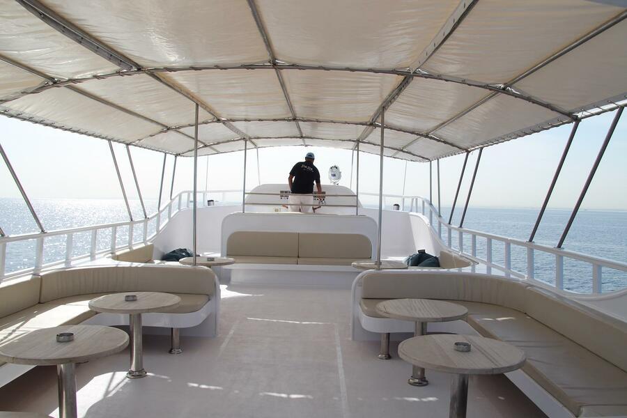 Customized yacht (SimSim)  - 3