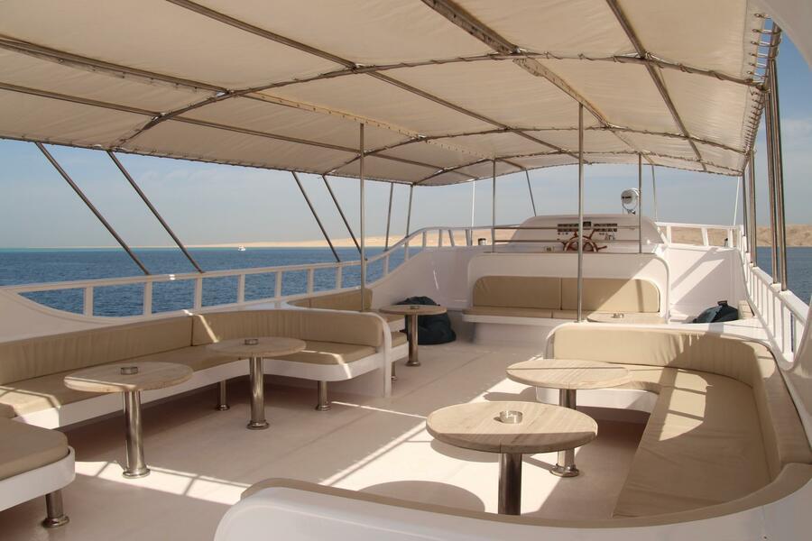 Customized yacht (SimSim)  - 5