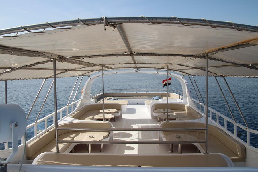 Customized yacht (SimSim)  - 6