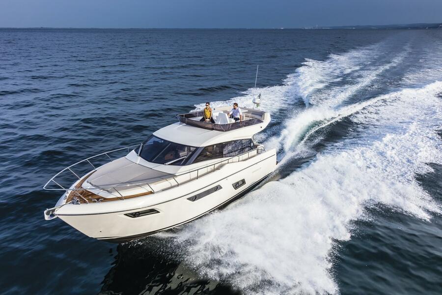 Ferretti 450 (Silver)  - 2
