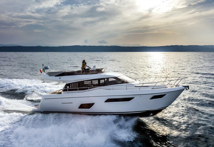 Ferretti 450 (Silver)  - 6