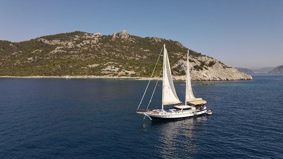 Motor Sailor (Derya Deniz)  - 1