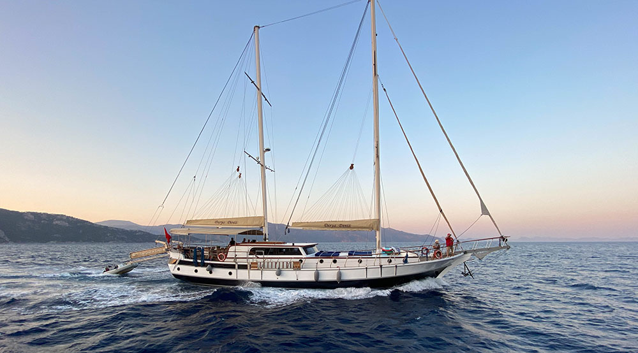 Motor Sailor (Derya Deniz)  - 2