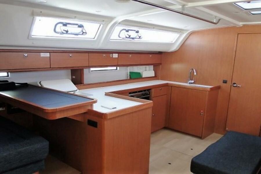 Bavaria 51 Cruiser (Philoctetes)  - 1