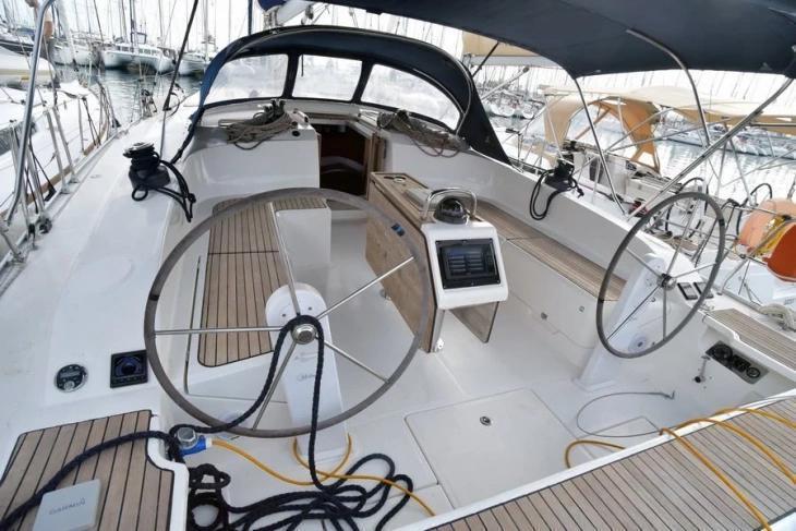 Bavaria 51 Cruiser (Philoctetes)  - 15