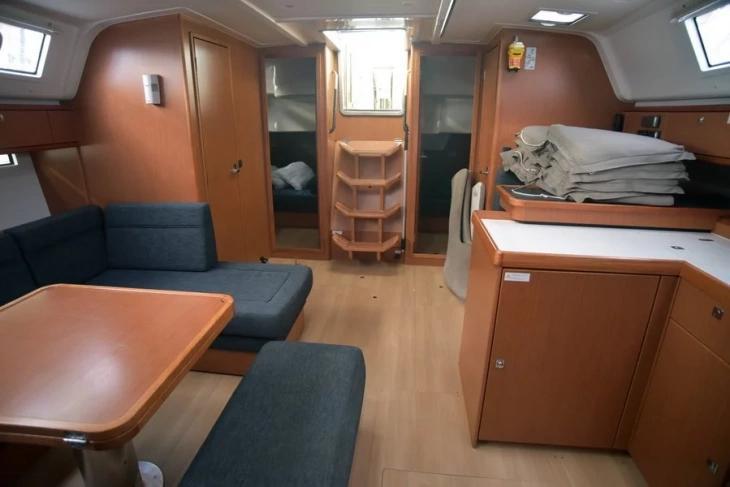 Bavaria 51 Cruiser (Philoctetes)  - 18