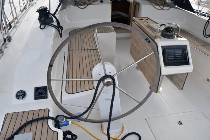Bavaria 51 Cruiser (Philoctetes)  - 20