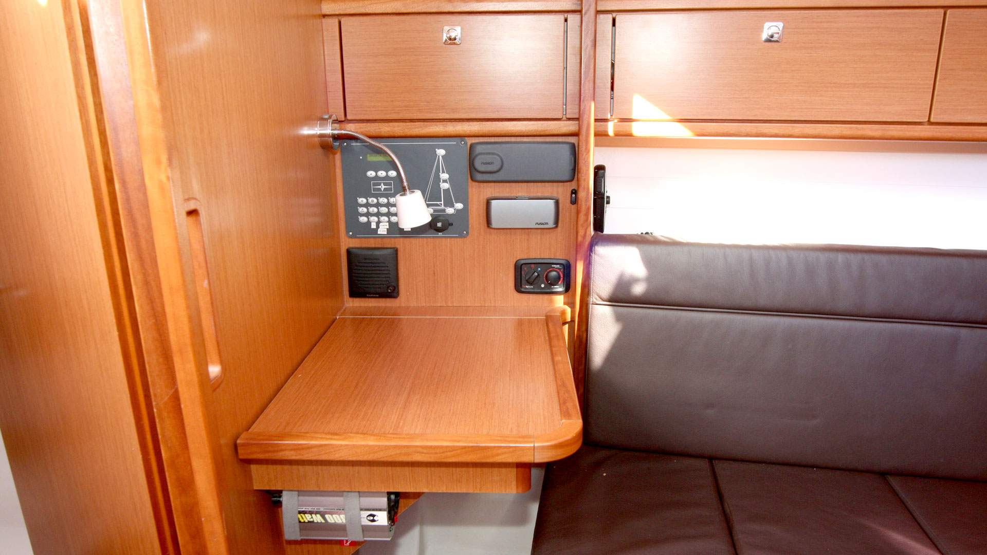 Bavaria Cruiser 33 (Chili) Interior image - 5