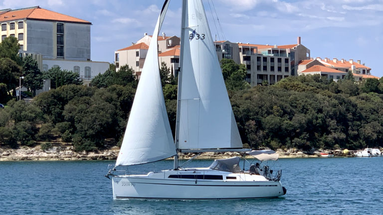 Bavaria Cruiser 33 (Chili)  - 11