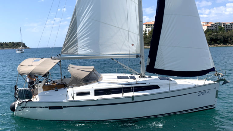 Bavaria Cruiser 33 (Chili)  - 7