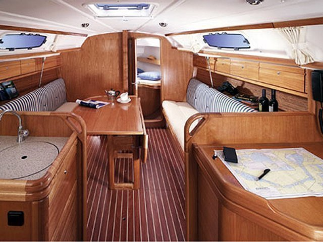 Bavaria 30 Cruiser (New 1) Interior image - 2