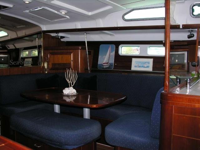Oceanis 473 (Lullaby) Interior image - 13