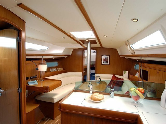 JEANNEAU SO 36i (MARTINA'S DREAMS 6ª Bi 3- 4- 11) Interior image - 3