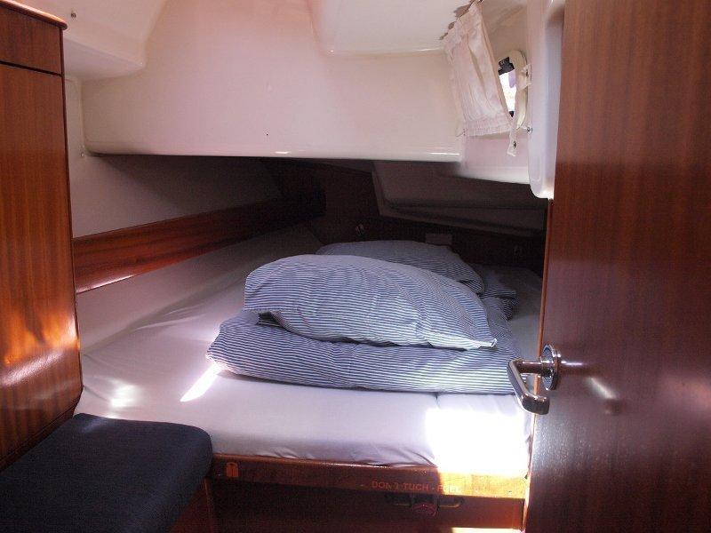 Bavaria 42 (Sea King) cabin - 15