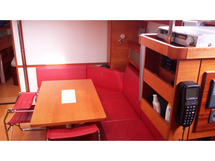 Hanse 531 (Bahia Feliz III) Interior image - 3