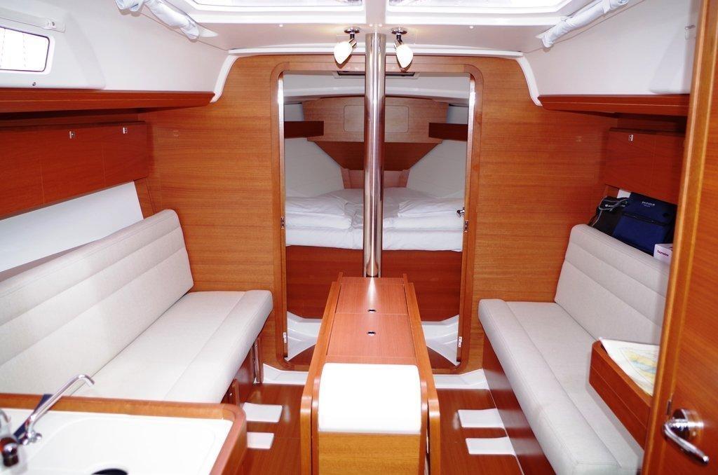 Dufour 350 GL (Pape) Inside 1 - 14