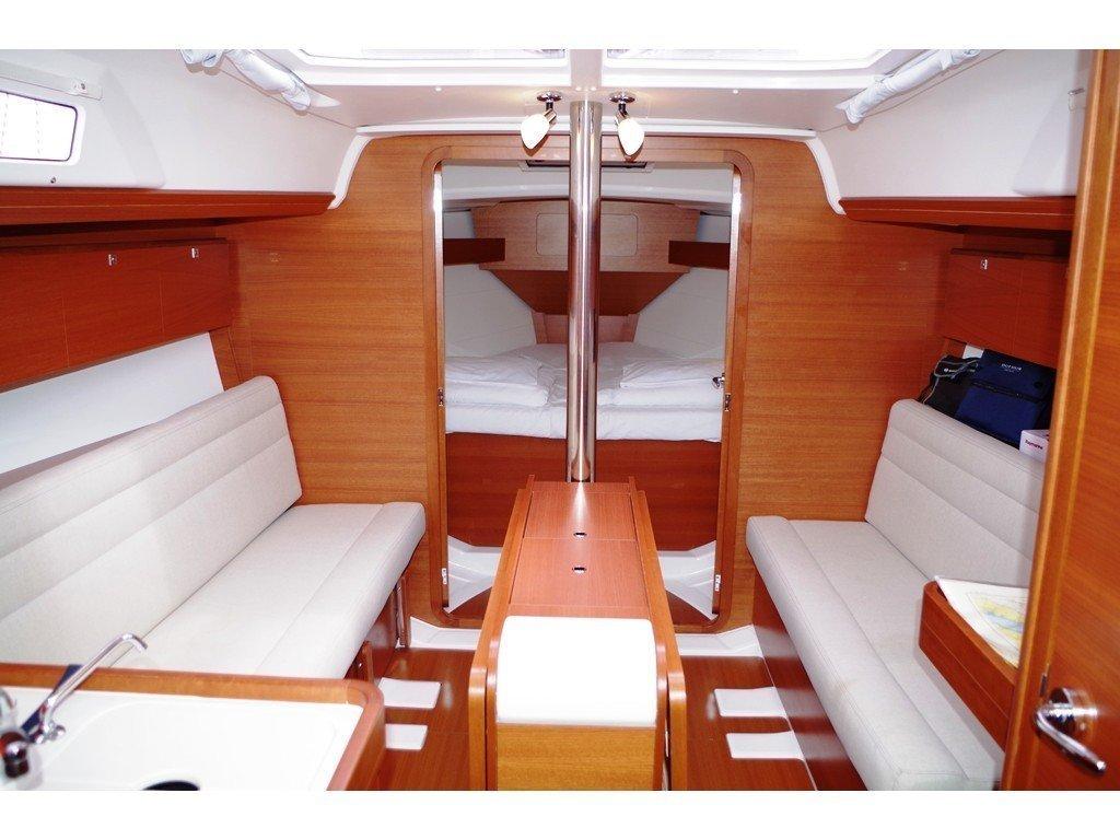 Dufour 350 GL (Pape) Interior image - 2