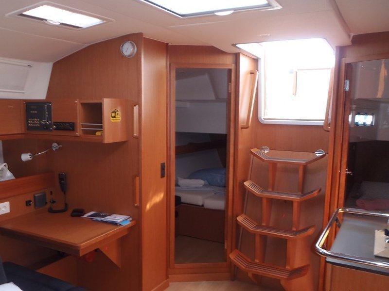 Bavaria Cruiser 45 (Albatros) Interior image - 2