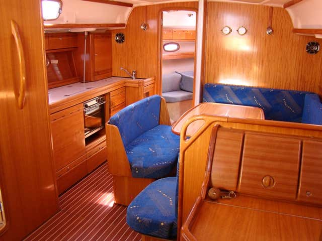 Bavaria 39 Cruiser (CADARGO (2015 sails)) Interior image - 2