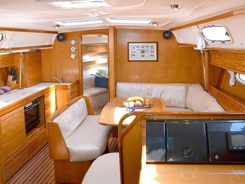 Bavaria 39 Cruiser (Ira) Interior image - 2