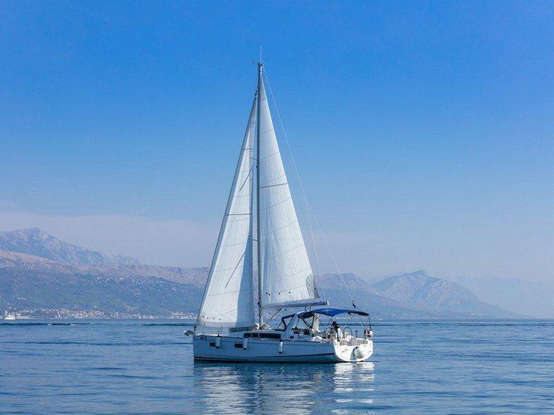 Beneteau Oceanis 38.1 (ANIMA MARIS 3)  - 12