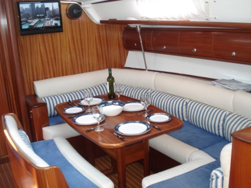 Bavaria 38 (Freedom - Bavaria 38 Cruiser)  - 25
