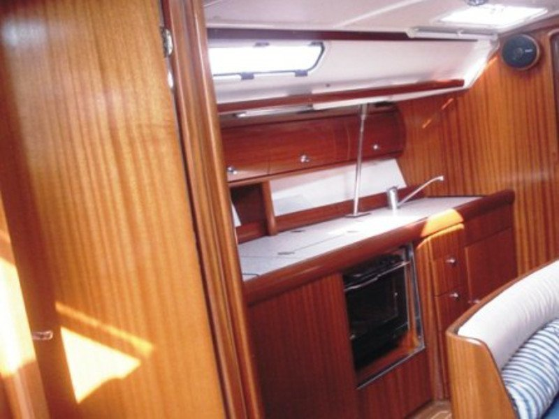 Bavaria 38 (Freedom - Bavaria 38 Cruiser)  - 6