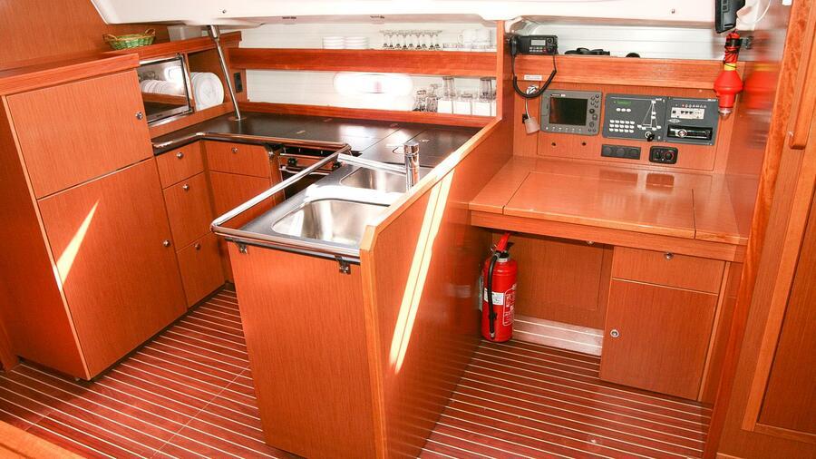 Bavaria 51 Cruiser (Feel Free) Inside - 14