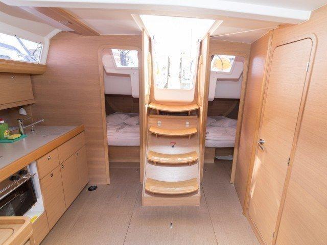Dufour 410 Grand Large (MISTRAL new sails 2018)  - 7