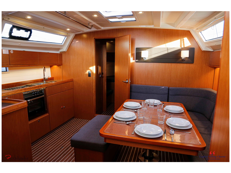 Bavaria Cruiser 46 (Maladroxia) Interior image - 8