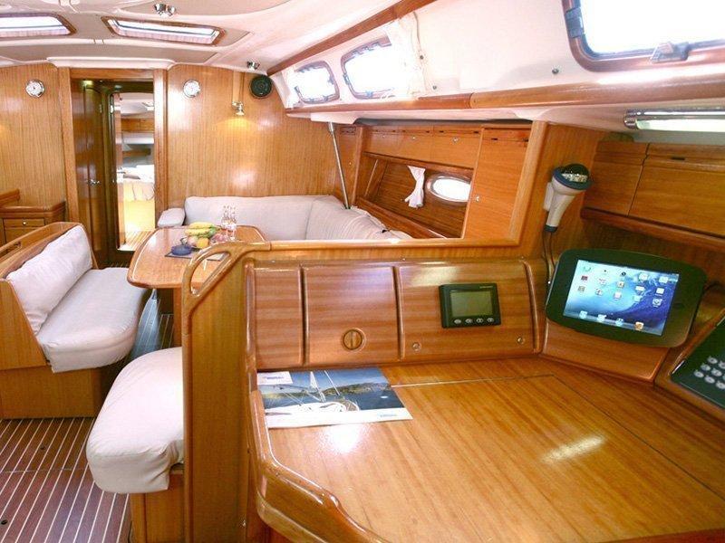 Bavaria 46 Cruiser (Aiolos) Interior image - 3