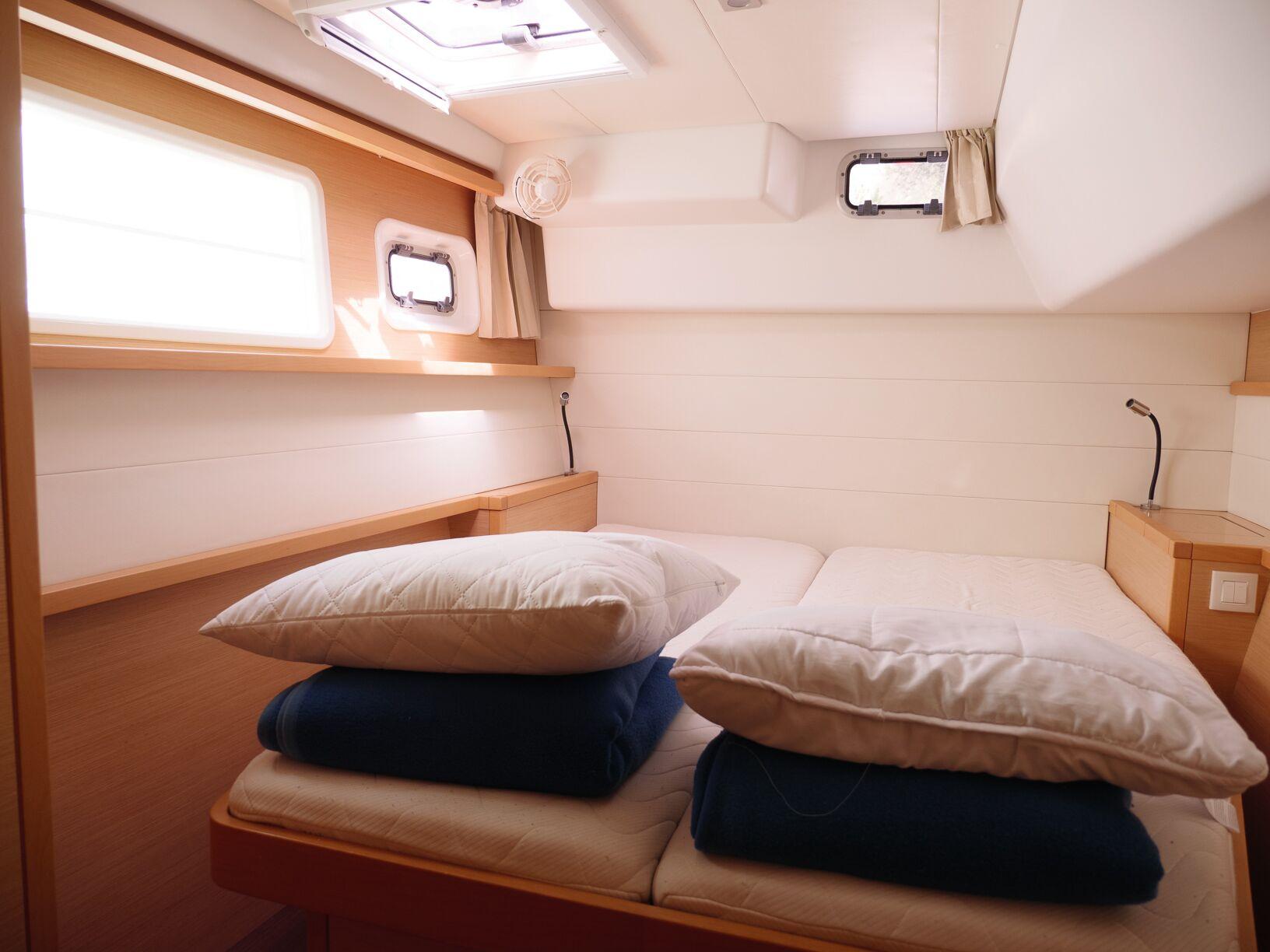 Lagoon 450 (MADAGASCAR) Interior - cabin (photo taken 2019) - 7