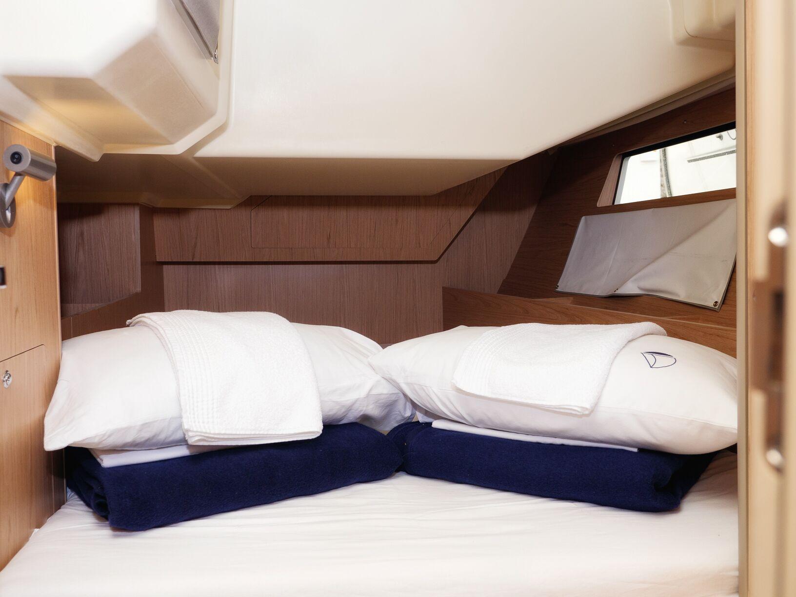 Oceanis 41.1 (GOA) Interior - cabin (photo taken 2019) - 22