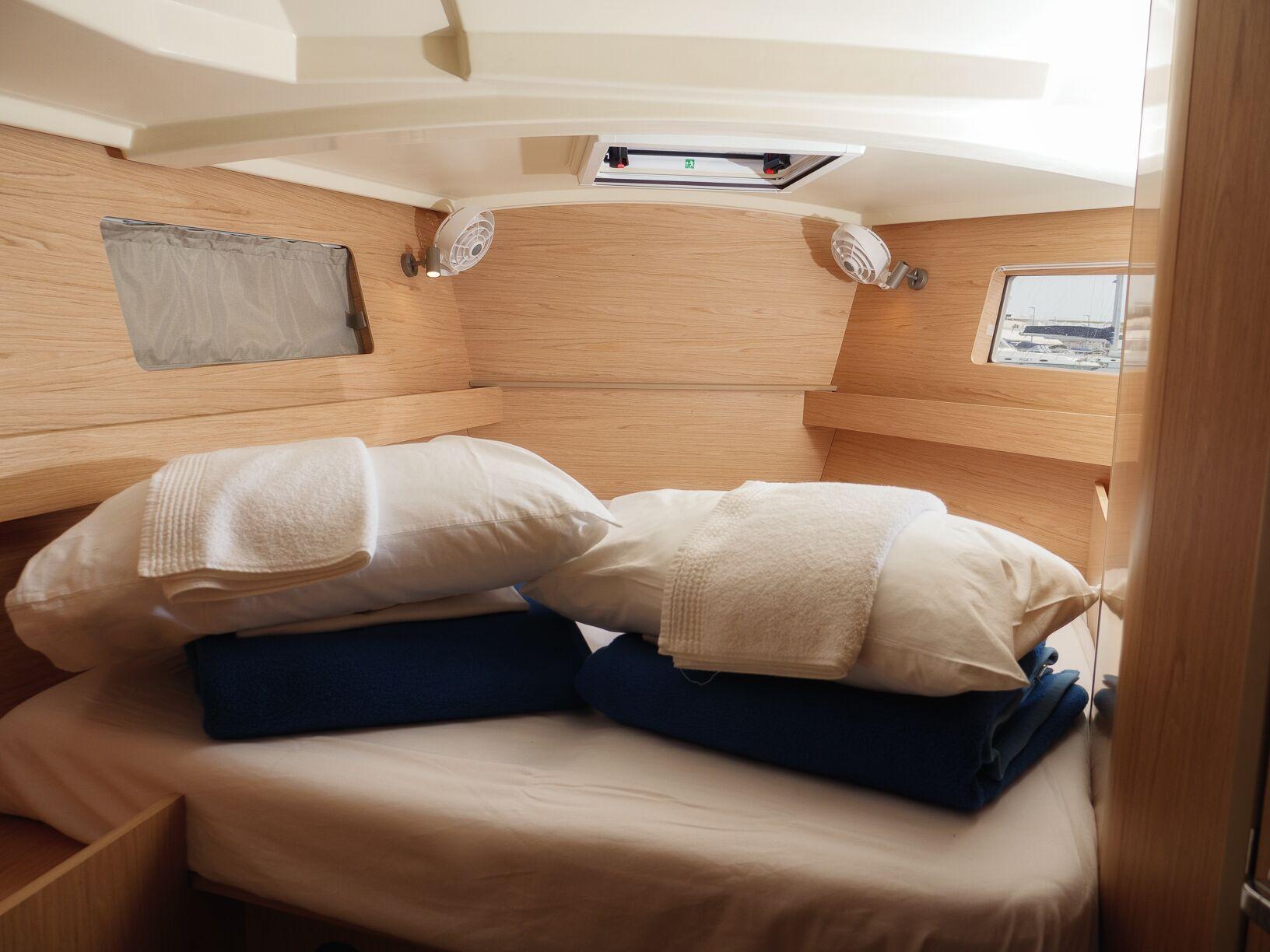 Oceanis 41.1 (GOA) Interior - cabin (photo taken 2019) - 6