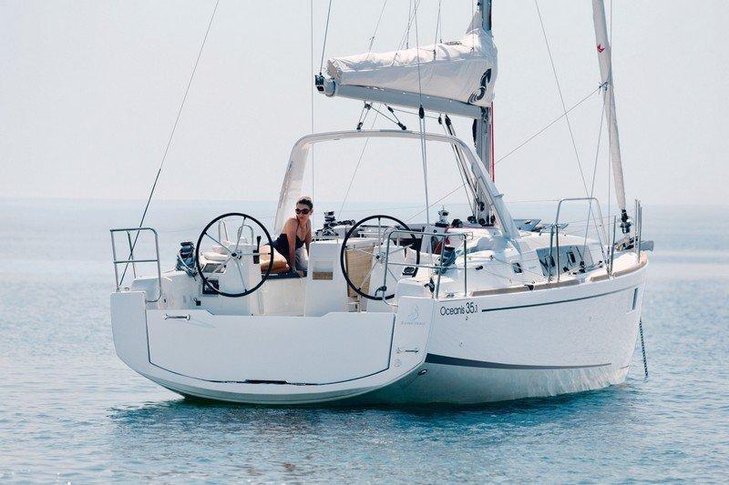 Beneteau Oceanis 35.1 (MAYA BAY 2)  - 3