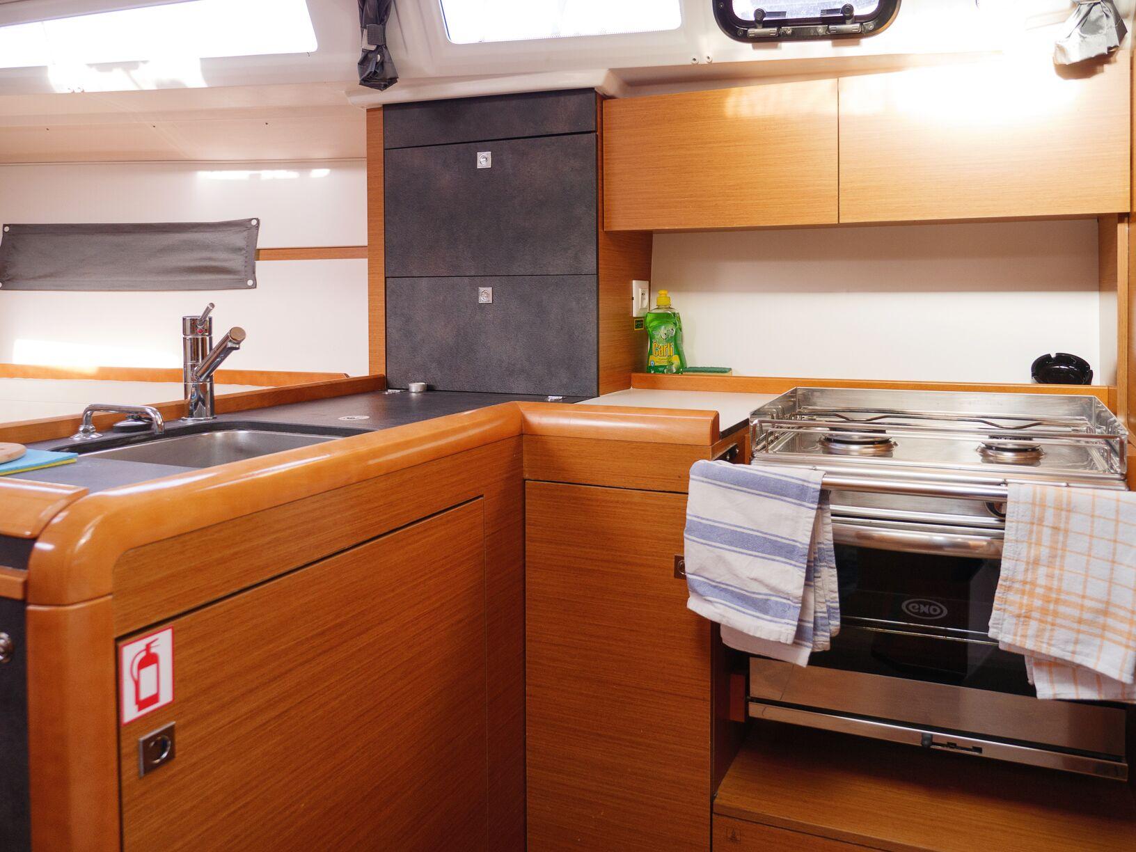 Sun Odyssey 349 (Siberia) Interior - kitchen (photo taken 2019) - 6