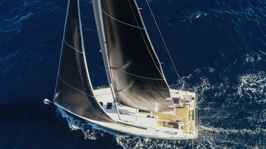 Oceanis 38.1 (Flip)  - 10