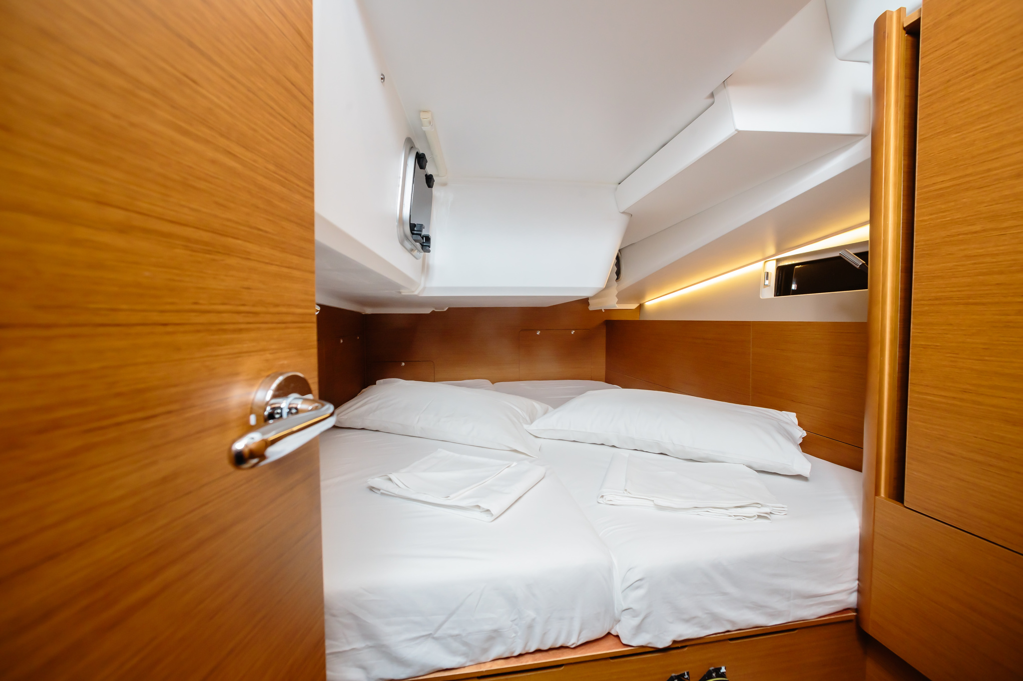 Sun Odyssey 490 (Chaos) cabina - 15
