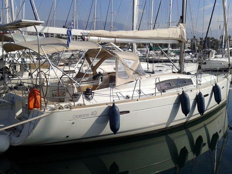 Beneteau Oceanis 40 (Tosca)  - 1