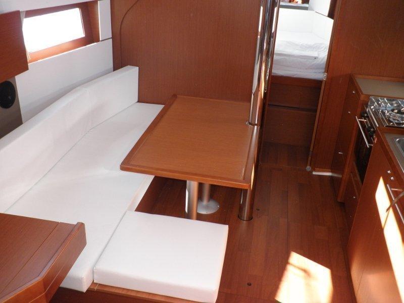 Oceanis 38 (Adriana) Interior image - 8