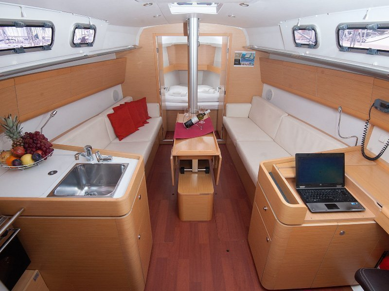 Beneteau First 35 (Ops) Interior image - 7