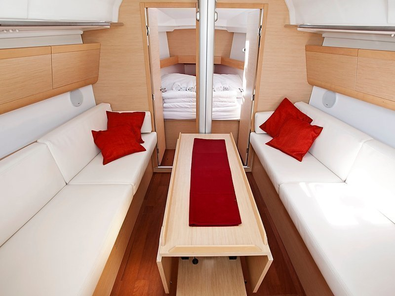 Beneteau First 35 (Thetis)  - 4