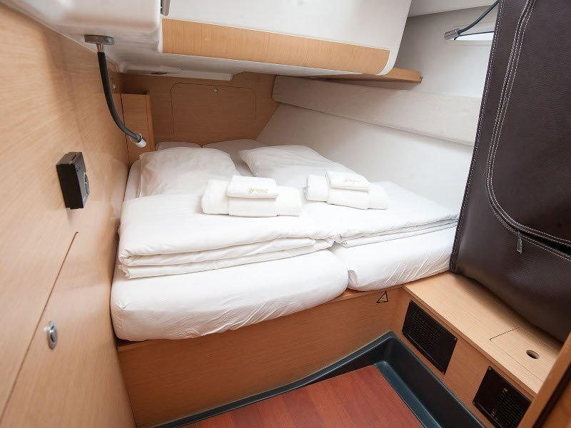 Beneteau First 45 (Hera II)  - 2