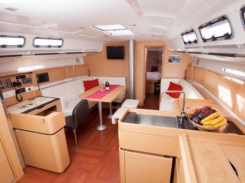 Beneteau First 45 (Galata) Interior image - 9