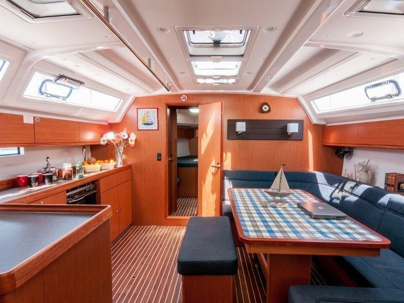 Bavaria 46 Cruiser (Ioli) Interior image - 6