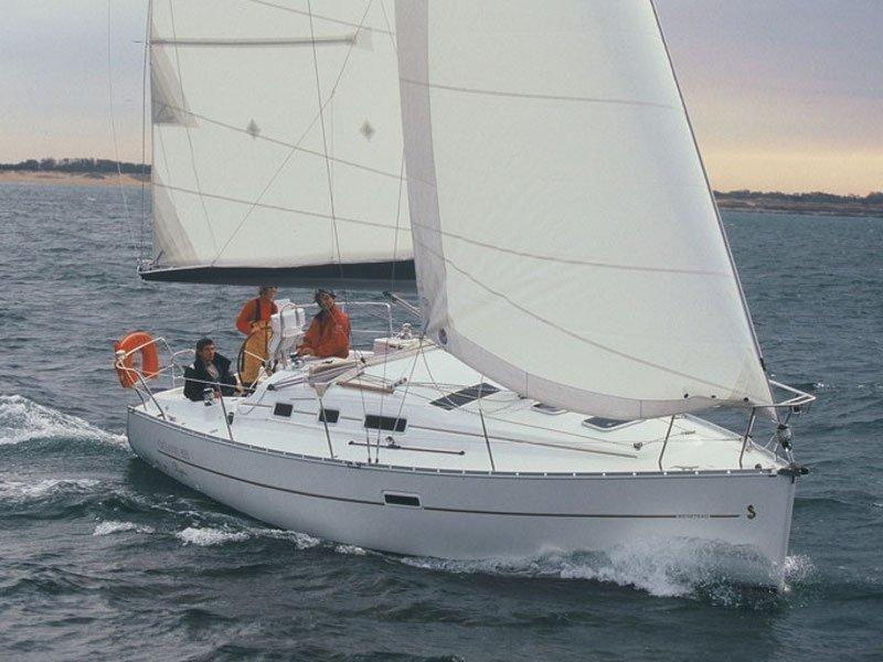 Oceanis 323 (Aife) Main image - 0