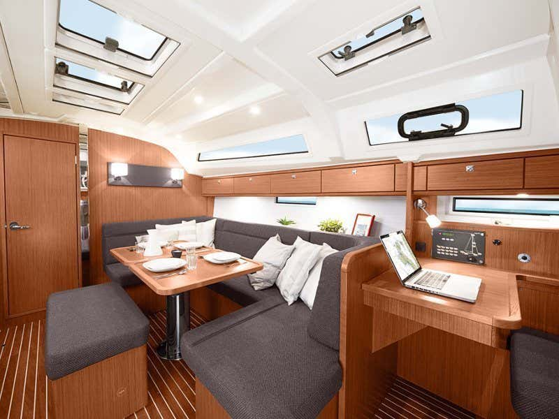 Bavaria Cruiser 41 (Sail Dream 1) Interior image - 1